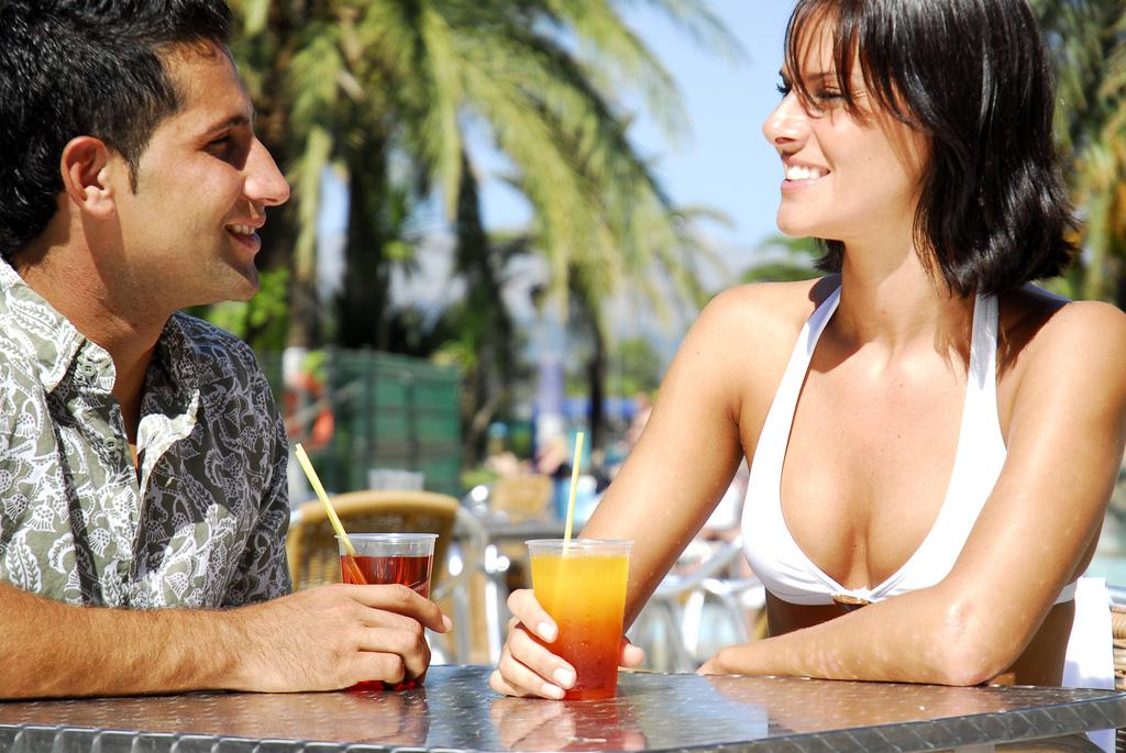 dating, der betaler for ferie