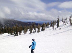 30125225_49ef10e012_b_skiing